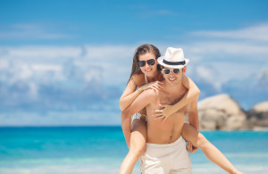 Badeferien Paar am Strand
