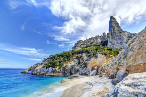 Sardinien_Cala Goloritze_Bucht_Felsen_Strand