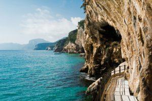 Sardinien_Orosei_Weg zur Grotta del Bue Marino_Badeferien